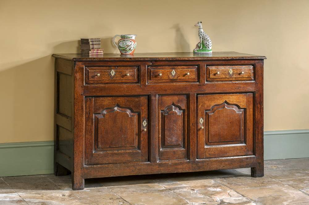 How To Restore Oak Furniture